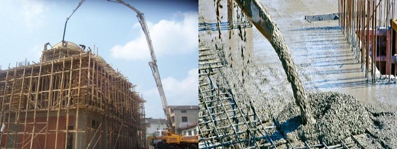 pompa-beton-sedang-menyalurkan-dan-tuang-beton